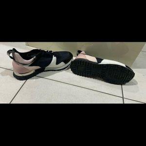 Louis Vuitton shoes size 9 $100 each pair